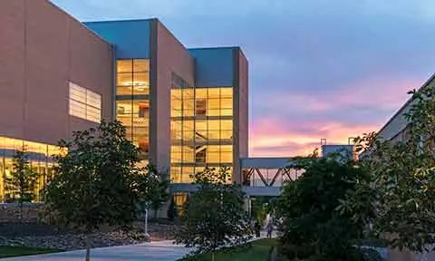 """安全系数最高的8所美国大学,每一所都是安全感爆棚-附留学""""保命""""指南!"""